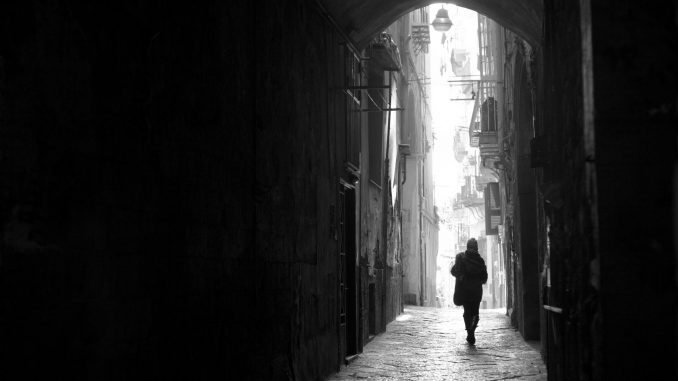 Systerskapet i Neapel – Elena Ferrantes epos om klass och kön
