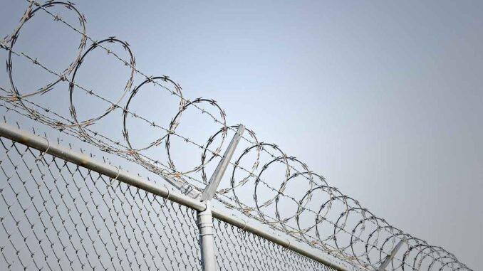 Förödmjukande och mentalt härdande att vårdas i rättspsykiatrin