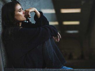 Kvinna hemlös